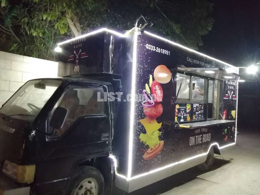 Food Truck Mobile Restaurant