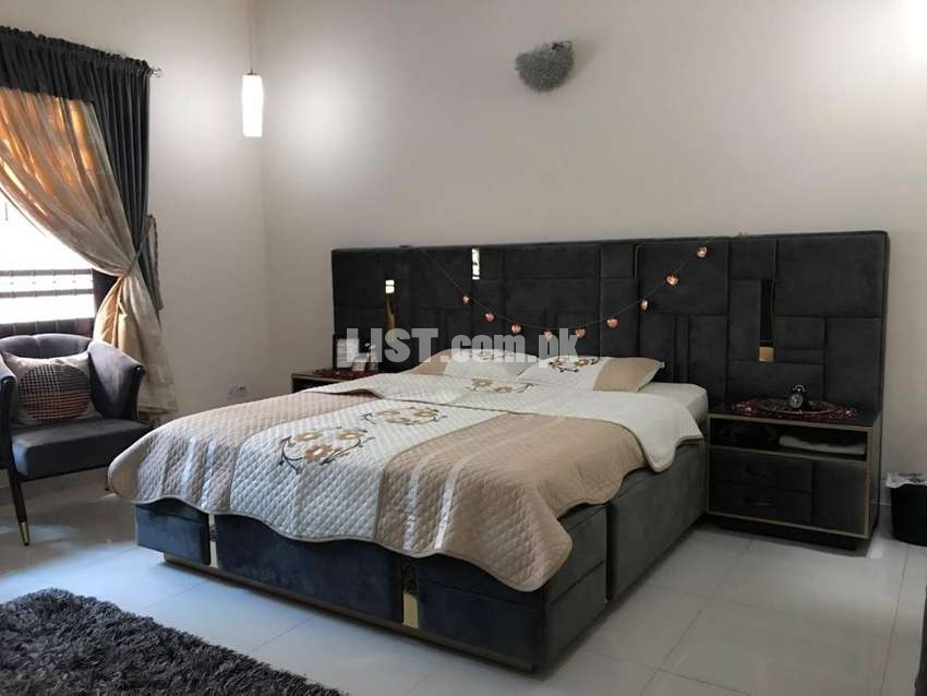 Bed Room Set Complete, Chairs, Table, Rug and Curtain free accessories
