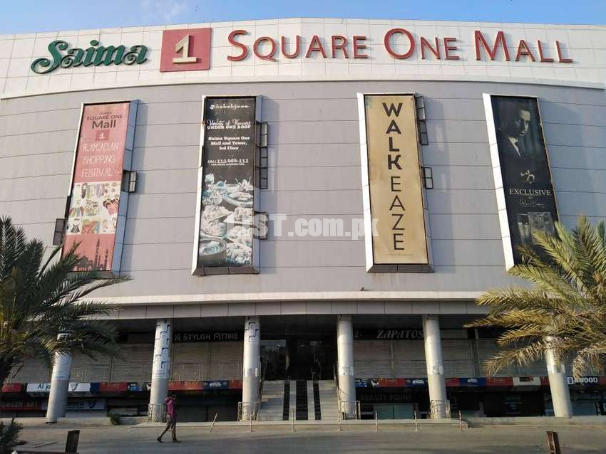 Shop On Lower Ground For Rent In Square One Mall
