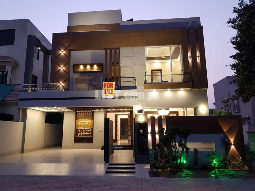 10 Marla Exectuive Class New House Sector C In Bahria Town Lahore